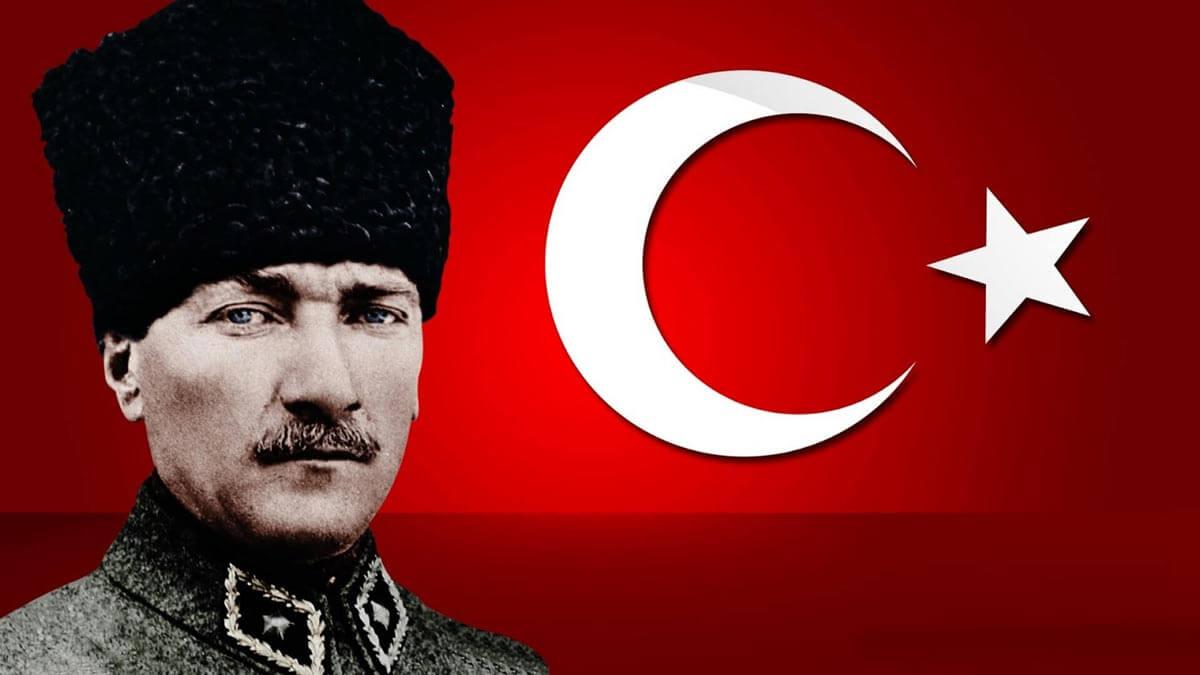 أتاتورك بين محبة الأتراك وكره العرب