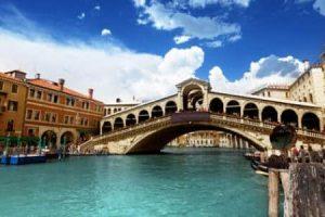 تحويل فيزا سياحية إلى فيزا عمل إيطاليا
