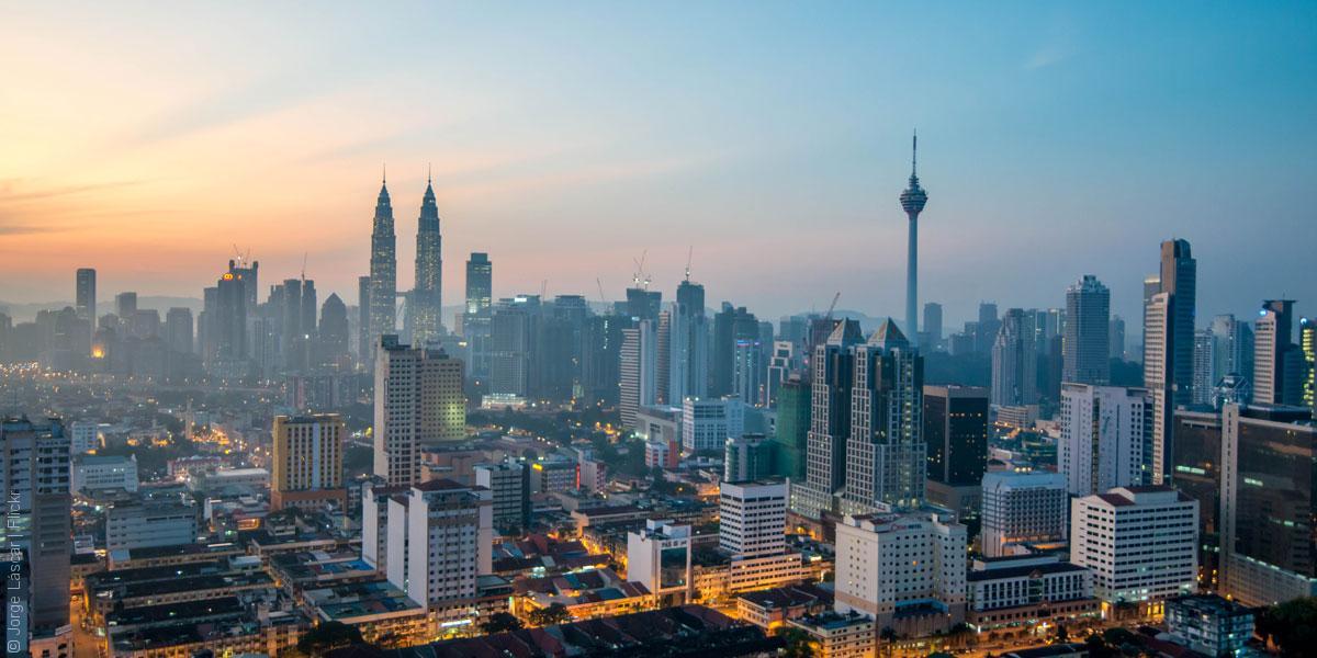 تكاليف الدراسة في ماليزيا