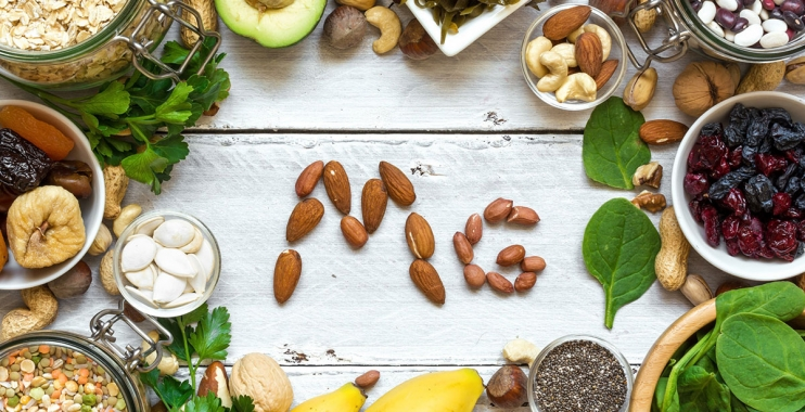 أعراض نقص المغنسيوم ومصادره الغذائية